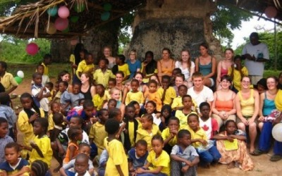 Summer projects in Kenya and Thailand