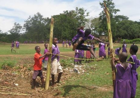 AV volunteer programs in Uganda