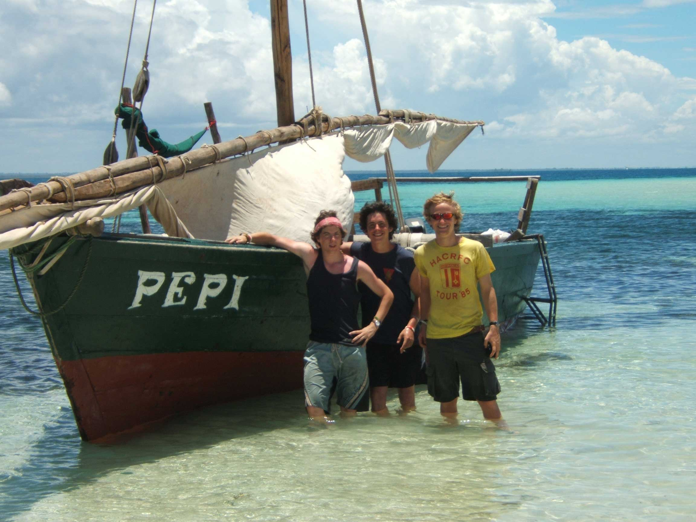 Kenya Summer Programme Volunteers Sailing