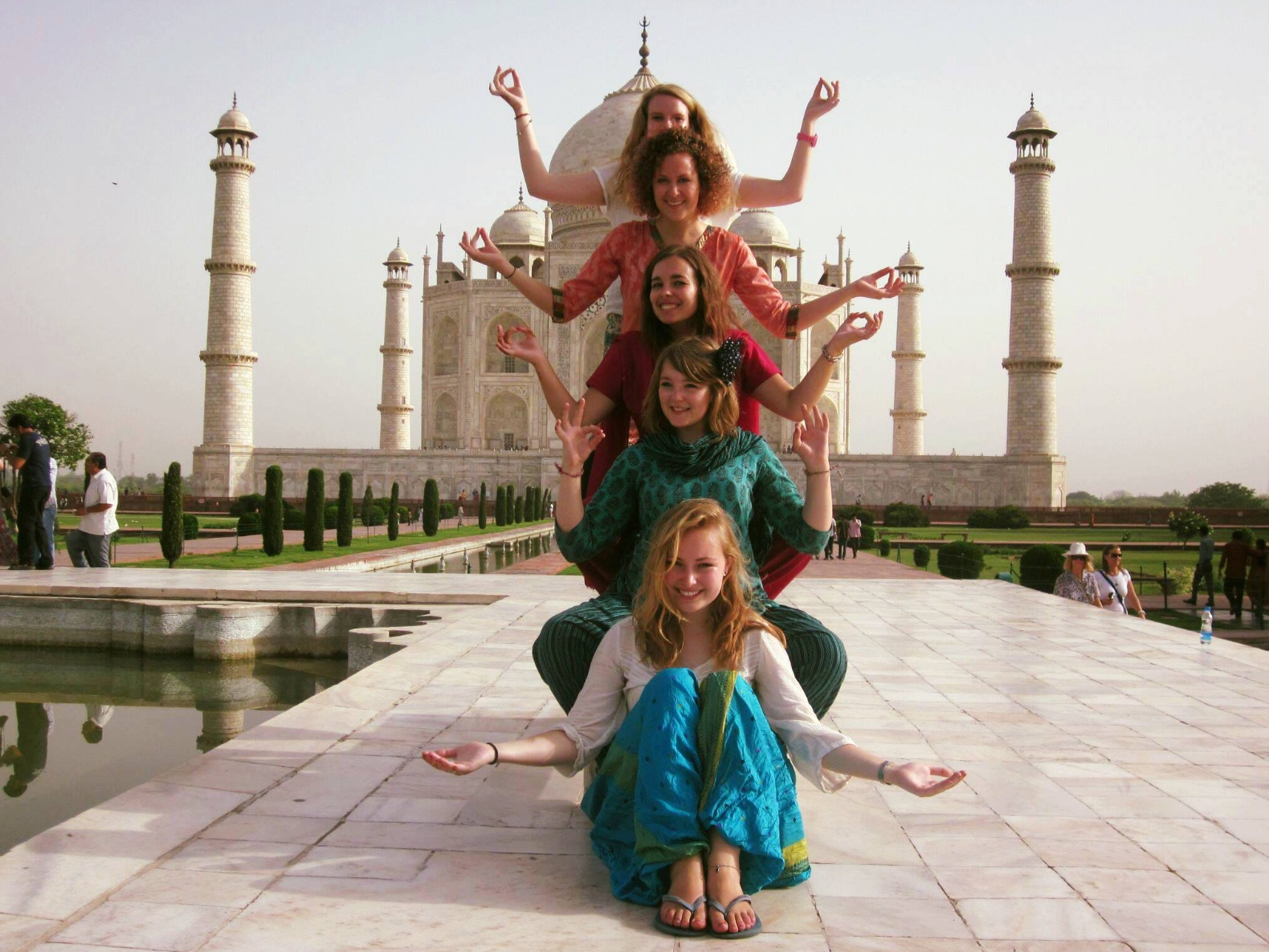 See the Taj Mahal during a Gap Year in India